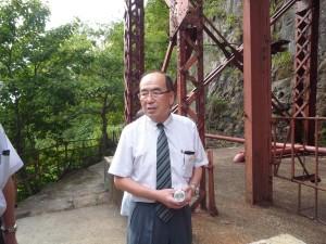 大立竪坑で説明のゴールデン佐渡宮原社長