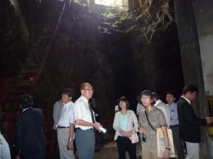大立竪坑内部での説明