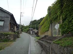 通り右側には旧相川拘置所跡